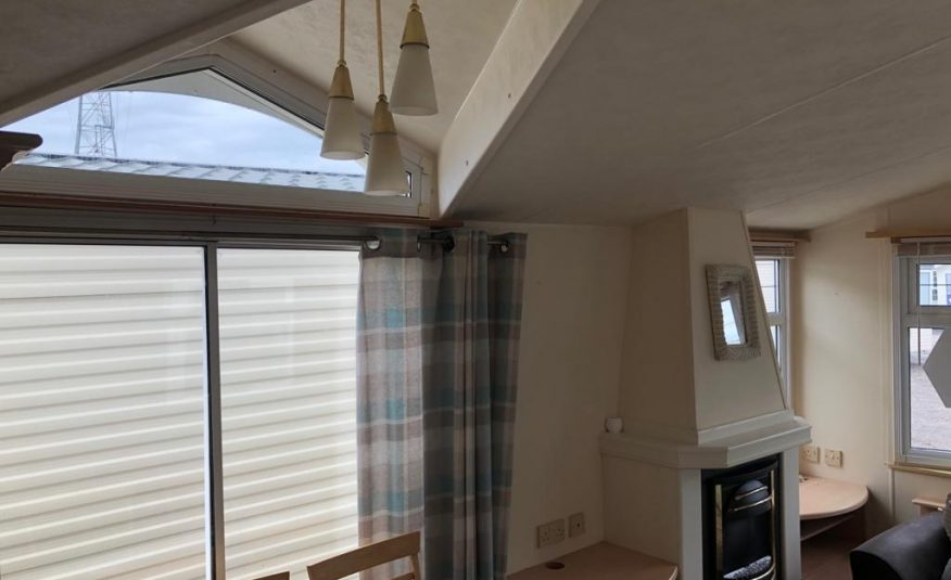Willerby Lyndhurst 38 x 12 ft / 2 Bedrooms